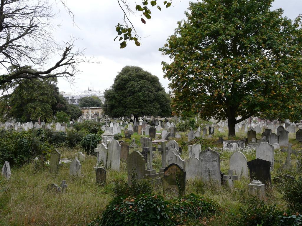 Brompton_Cemetery-1024x768